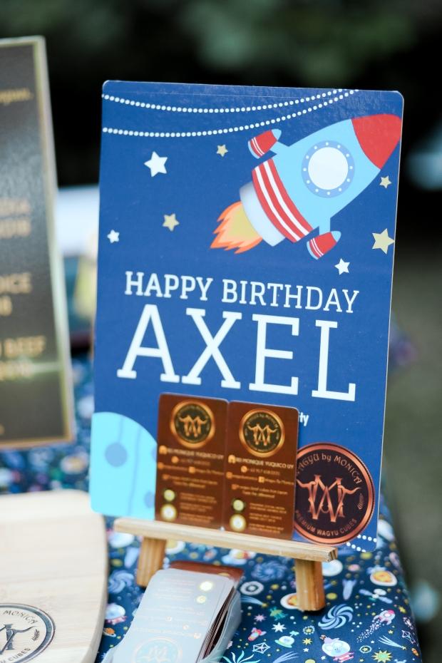 Axel-5671